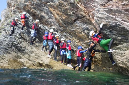 tcct-warrenbarn-coasteering